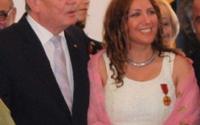 Bundespräsident: Bundesverdienstkreuz an Hülya Feise aus Linden-Nord am 10.07.2014 verliehen