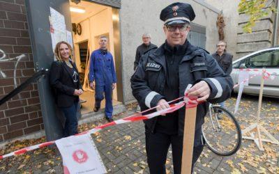 Polizei unterstützt die gEMiDe-Fahrradwerkstatt